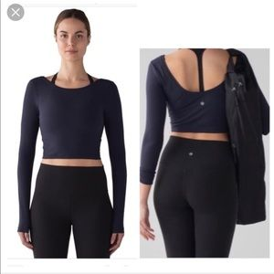 Lululemon Arise Navy long Sleeve crop top